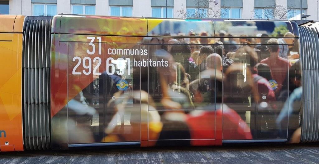 都市圏共同体には31の自治体(日本のように市町村の区別はない)が参加しており、人口29万2891人